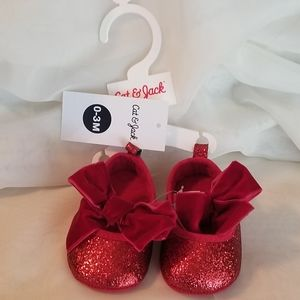 Infant girl's holiday shoes